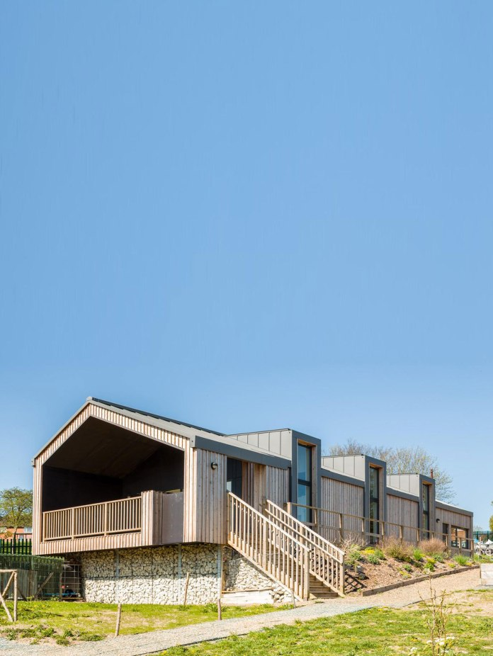 Geraghty-Taylor-Architects-GOOD-FOOD-MATTERS-View-of-Teaching-Kitchen-from-allotments