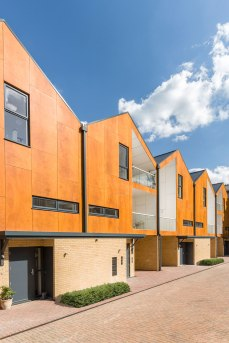Geraghty-Taylor-Architects-LivinHOME-Woodview-Mews-side-view